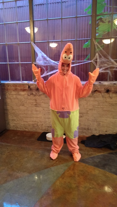 Patrick Star at SSG's Halloween 2013 Costume Contest!
